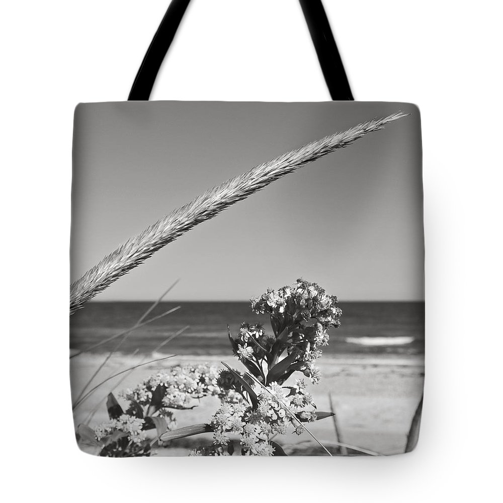 Sand Tote Bag featuring the photograph Bw8 by Charles Harden