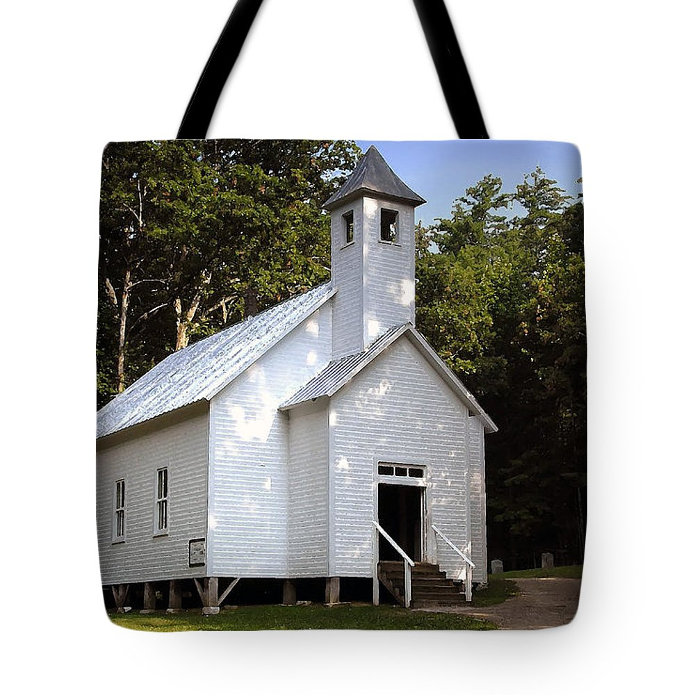 Baptist Tote Bag featuring the photograph Cades Cove Baptist Church by David Lee Thompson