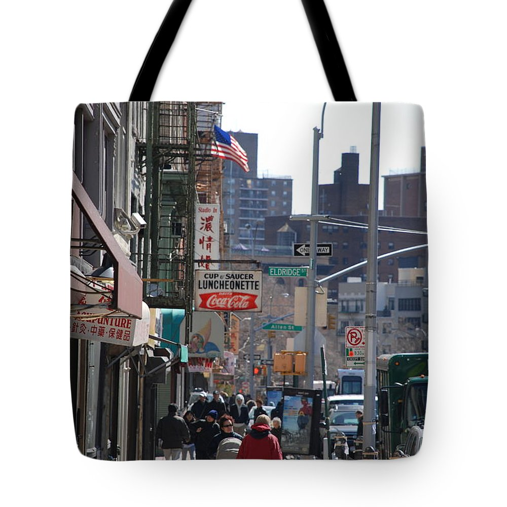 Architecture Tote Bag featuring the photograph Canal And Eldridge by Rob Hans
