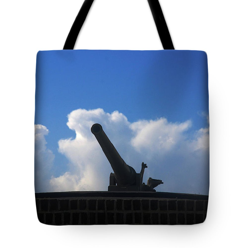 Photography Tote Bag featuring the photograph Cannons At Fort Moultrie Charleston by Susanne Van Hulst
