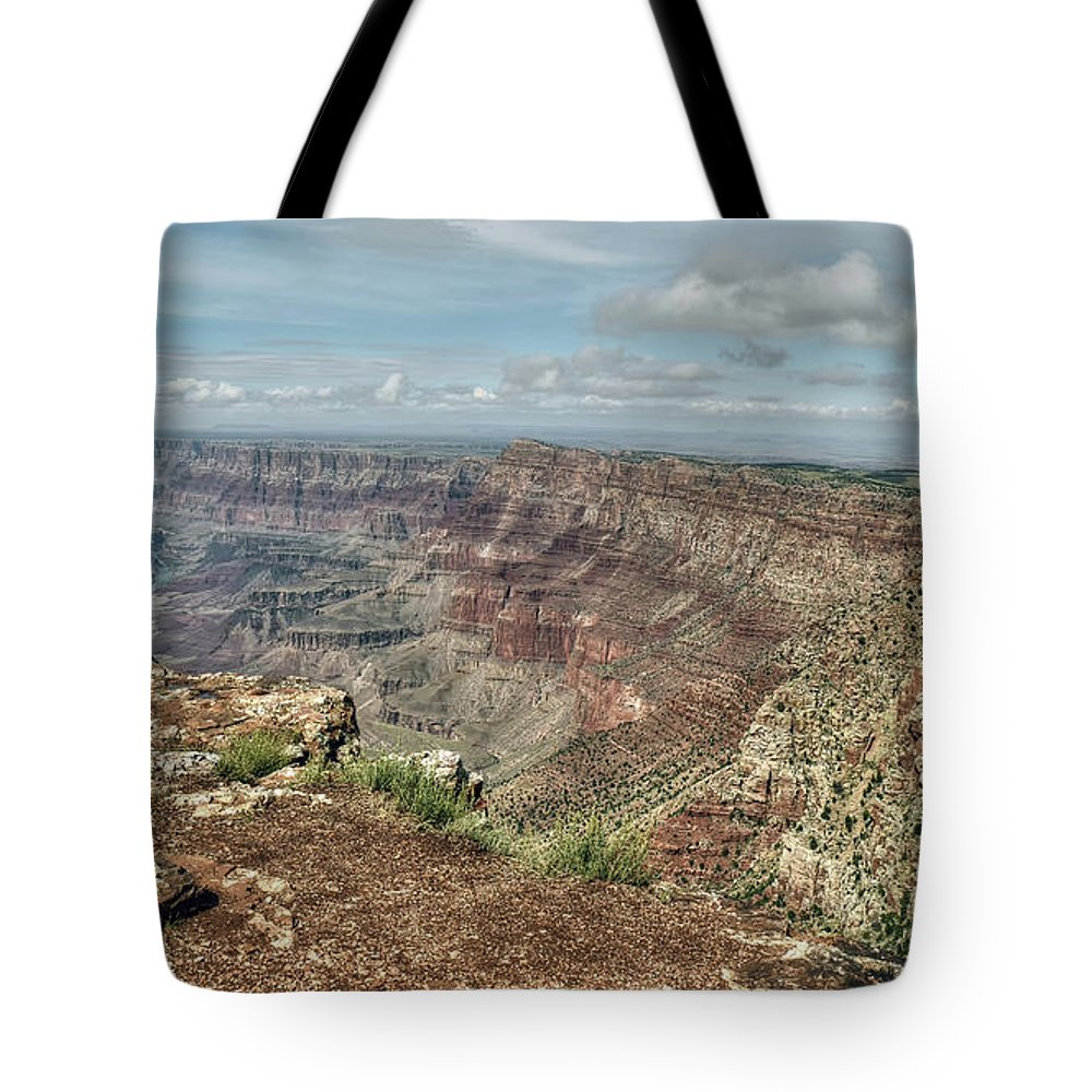 Navajo Point Tote Bag featuring the photograph Canyon View From Navajo Point by Joseph Rainey
