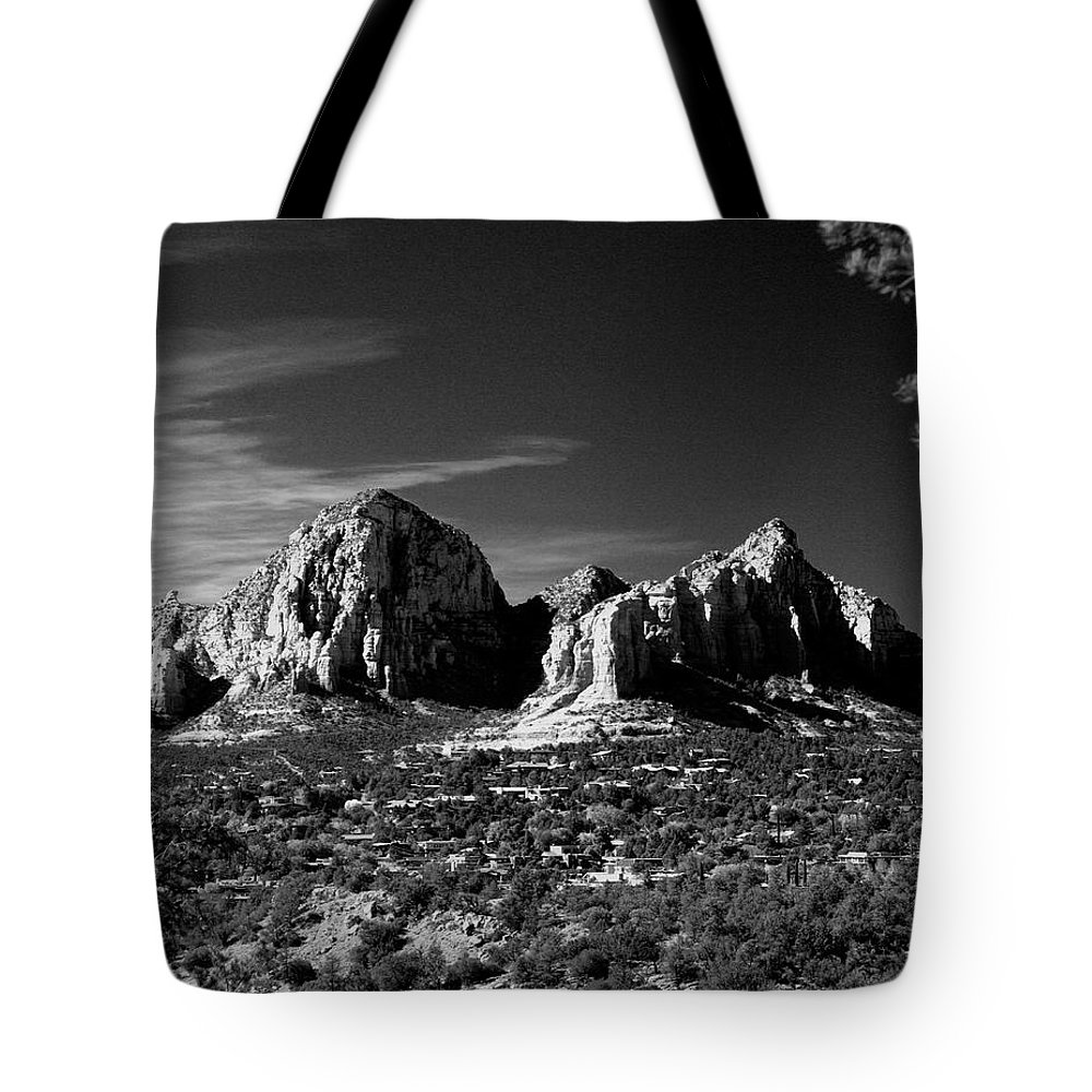 Arizona Tote Bag featuring the photograph Capital Dome I by Randy Oberg