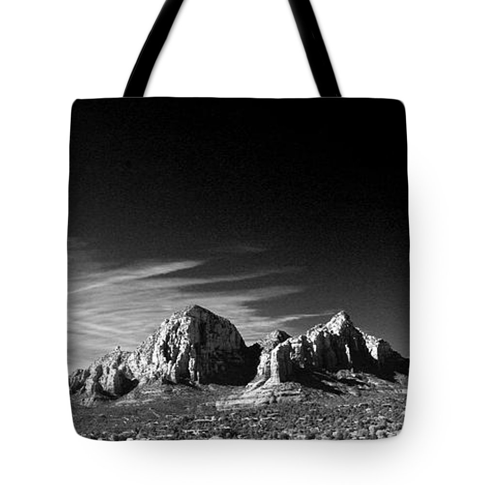 Sedona Tote Bag featuring the photograph Capital Dome 3 by Randy Oberg