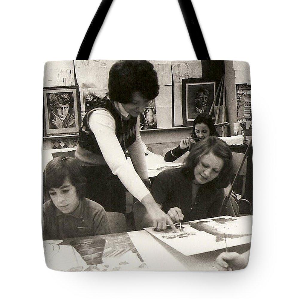 Carole Spandau Art Teacher Tote Bag featuring the painting Carole Spandau Fine Art Teacher Darcy Mcgee Fine And Performing Art School Montreal by Carole Spandau