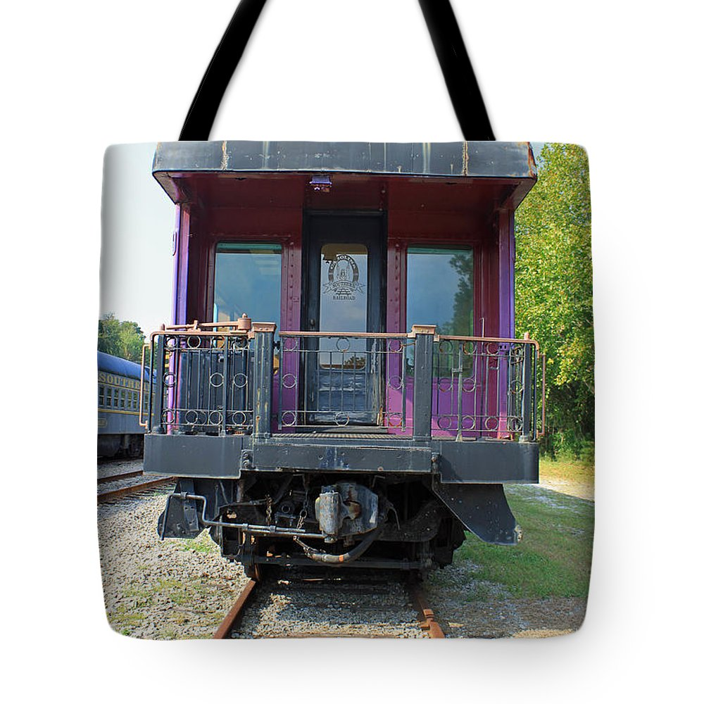 Carolina Southern Tote Bag featuring the photograph Carolina Southern Dining Car by Suzanne Gaff