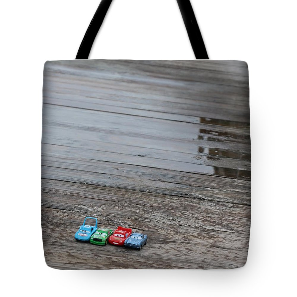 Cars Tote Bag featuring the photograph Cars by Kami Gauvey