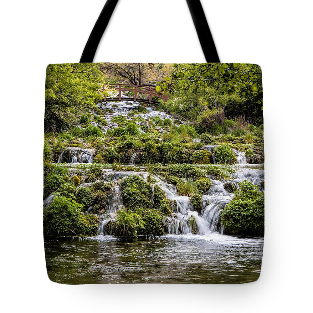 Springs Tote Bag featuring the photograph Cascade Springs Utah by Richard Lynch