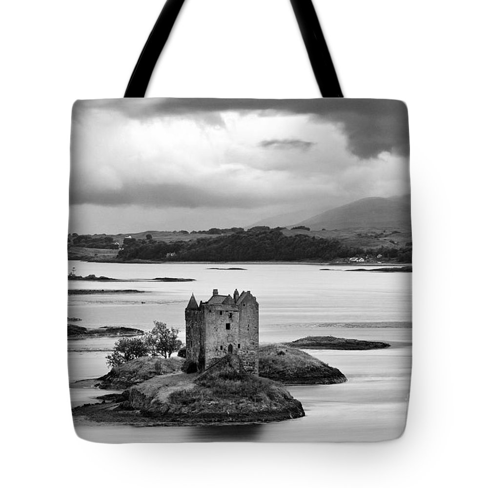Black Tote Bag featuring the photograph Castle Stalker - D002192bw by Daniel Dempster