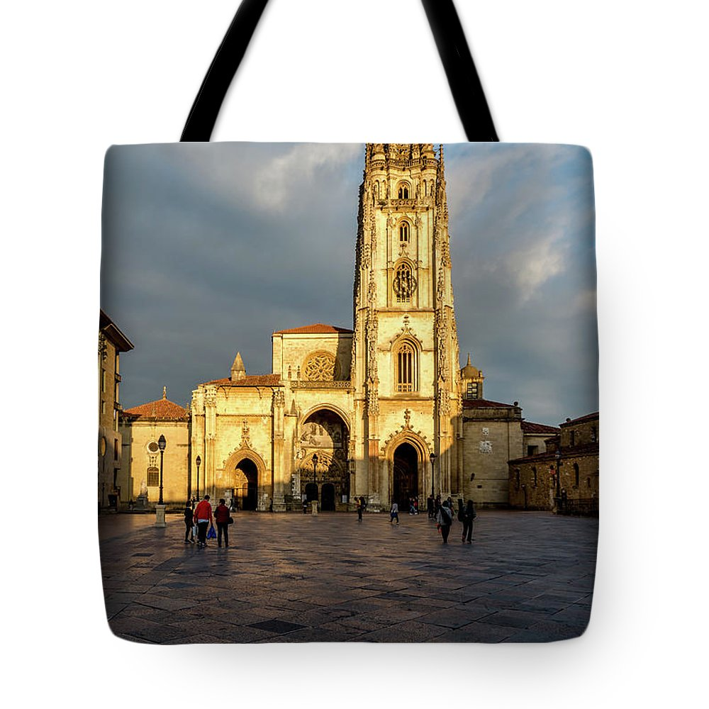 Spain Tote Bag featuring the photograph Cathedral of Oviedo by Ric Schafer