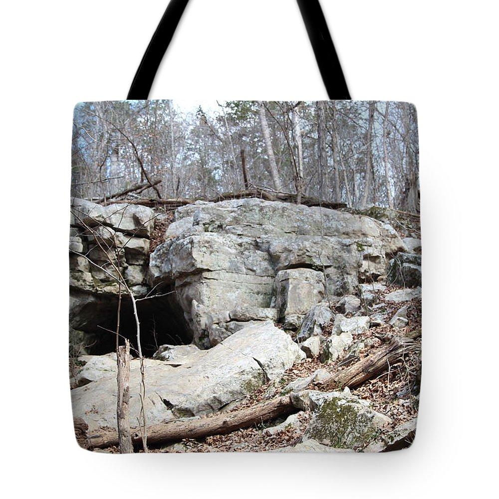 Caves At Lake Guntersville Tote Bag featuring the photograph Caves At Lake Guntersville by Robert Smith