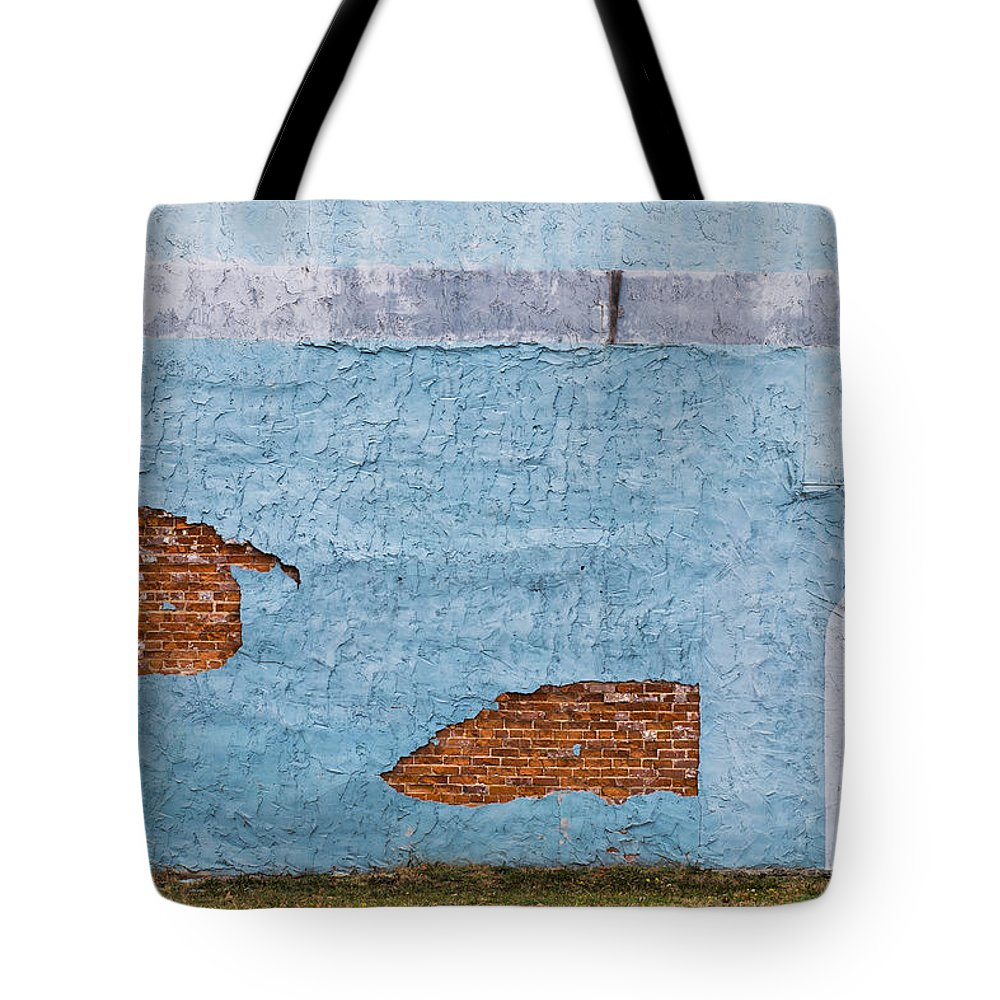 Color Tote Bag featuring the photograph Cedartown, Georgia by Keith May
