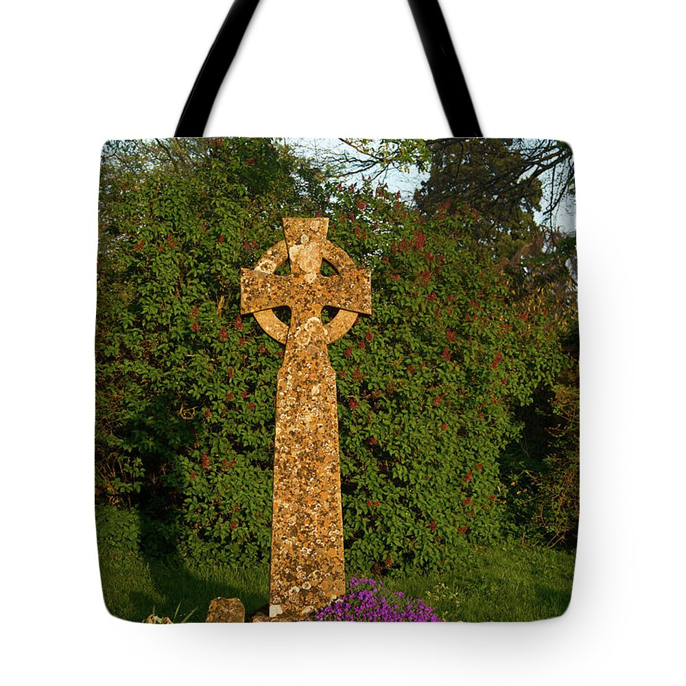 St Mary's Tote Bag featuring the photograph Celtic Cross St Davids Church by Douglas Barnett