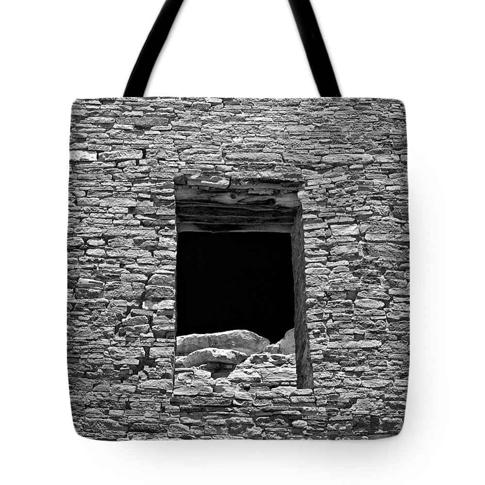 Chaco Canyon Tote Bag featuring the photograph Chaco Eleven by Paul Basile