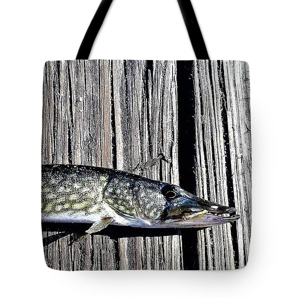 Fish Tote Bag featuring the photograph Chain Pike by Dan Emberton