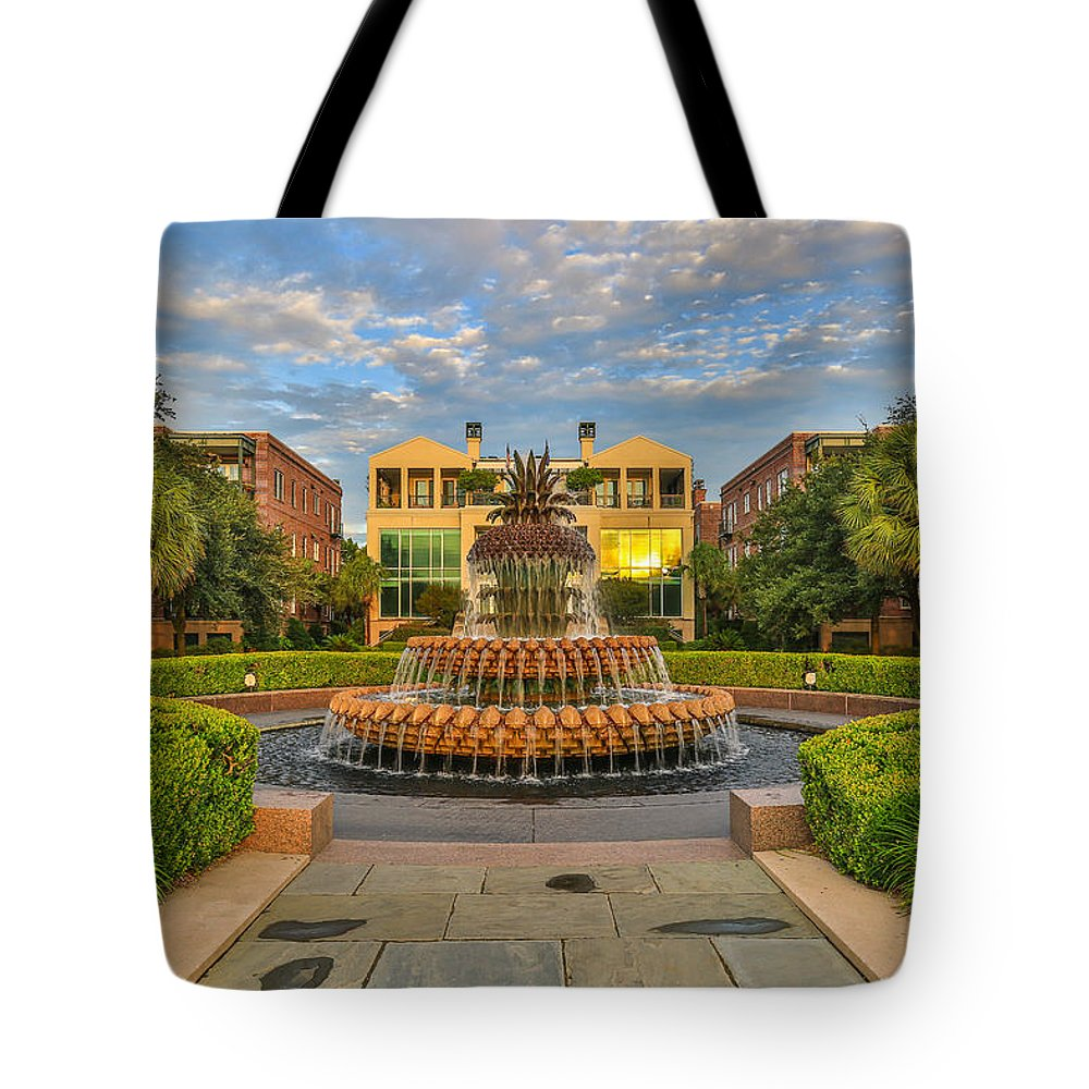 Charleston Tote Bag featuring the photograph Charleston Welcomes You by Donnie Whitaker