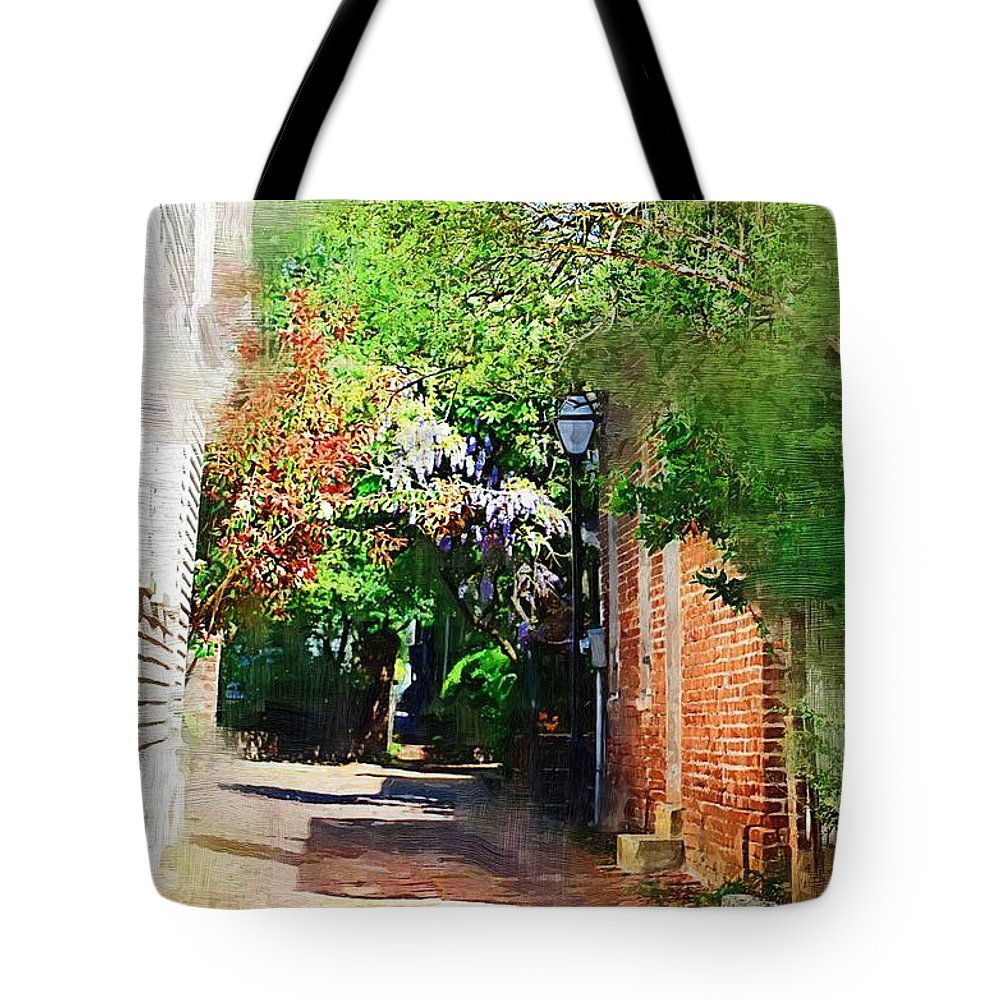 Alley Tote Bag featuring the photograph Charlestons Alley by Donna Bentley