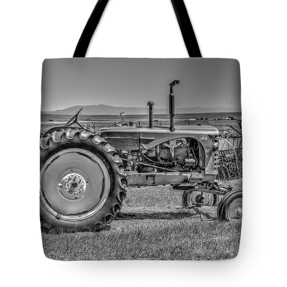 Tractor Tote Bag featuring the photograph Chesterfield Tractor by Richard J Cassato