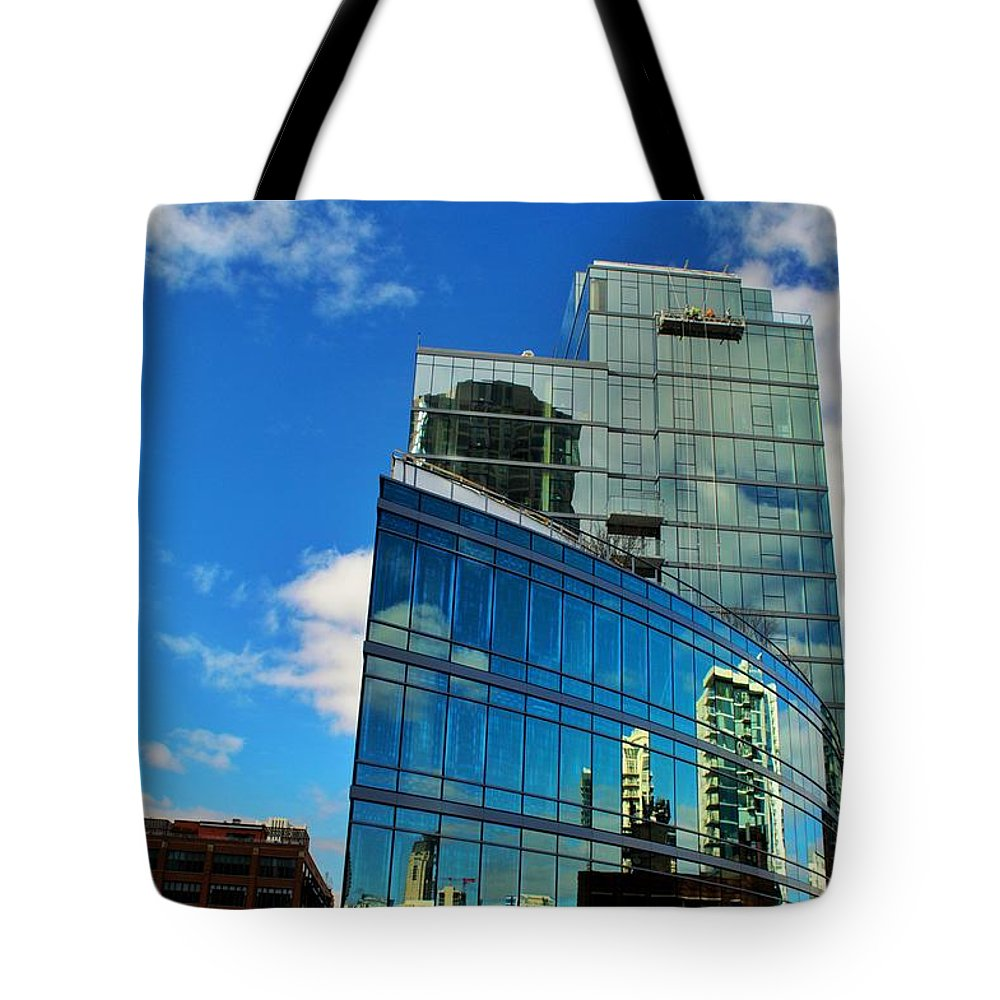Chicago Tote Bag featuring the photograph Chicago Reflection by Joseph Caban
