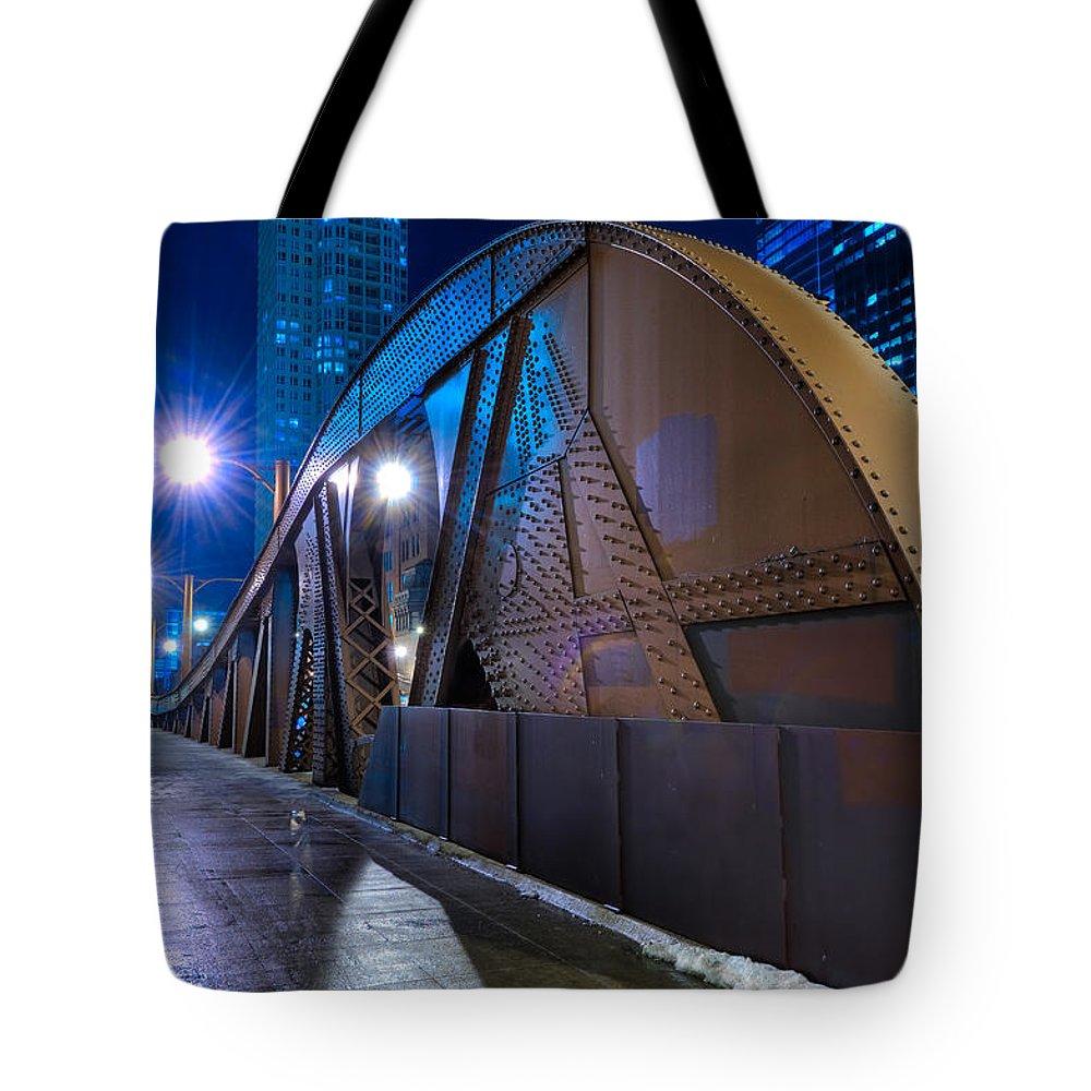Bridge Tote Bag featuring the photograph Chicago Steel Bridge by Steve Gadomski