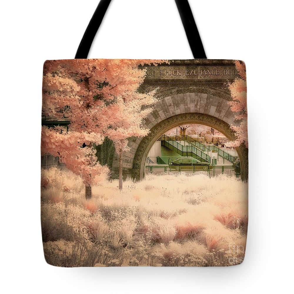 Chicago Tote Bag featuring the photograph Chicago Stock Exchange Arch by Izet Kapetanovic
