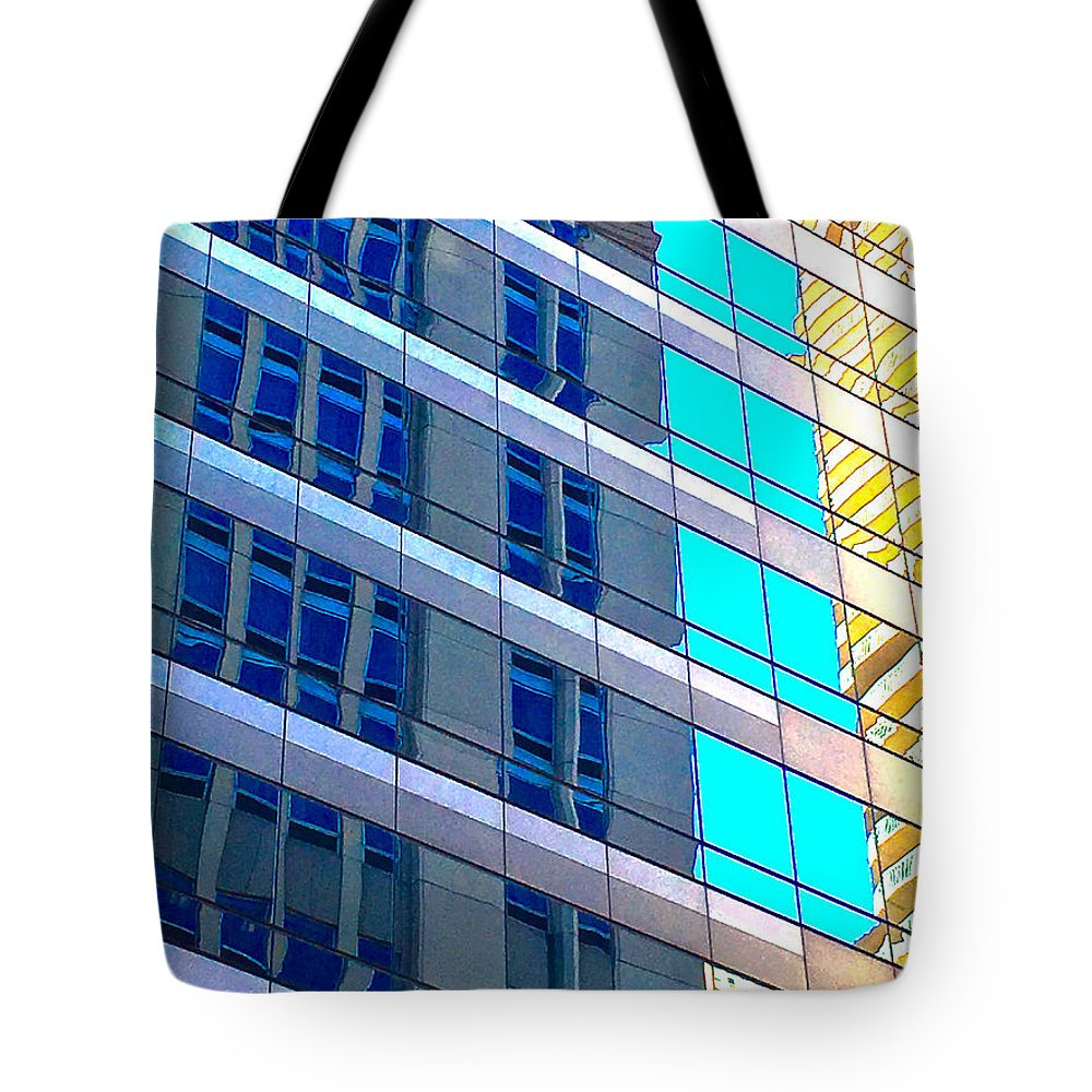 Chicago Structure 8 16 5 Tote Bag featuring the photograph Chicago Structure 8 16 5 by Scott L Holtslander
