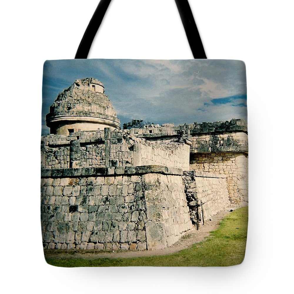 Chitchen Itza Tote Bag featuring the photograph Chichen Itza 1 by Anita Burgermeister