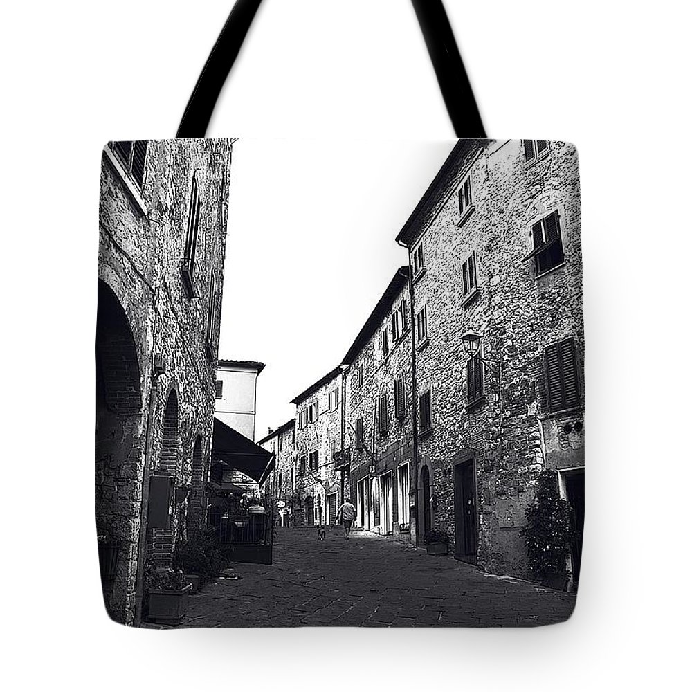 Tuscany Tote Bag featuring the photograph Chilling Out In Tuscany by Ramona Matei