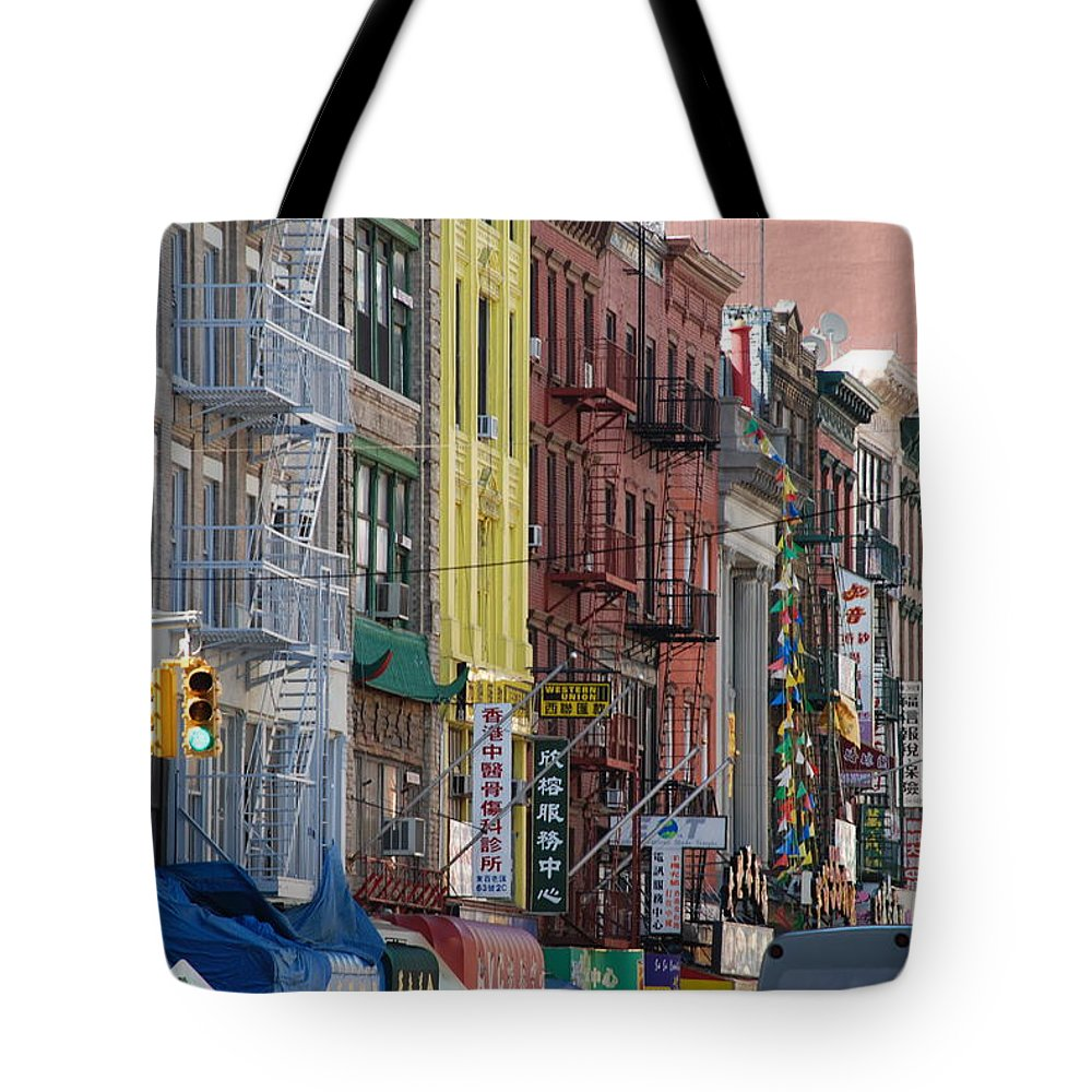 Architecture Tote Bag featuring the photograph Chinatown Walk Ups by Rob Hans