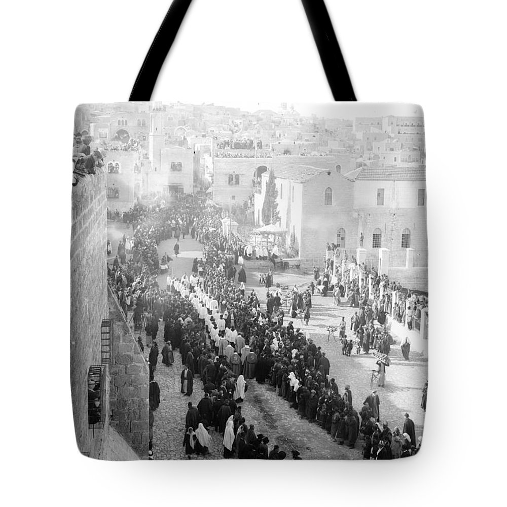 Christmas Tote Bag featuring the photograph Christmas Celebration by Munir Alawi