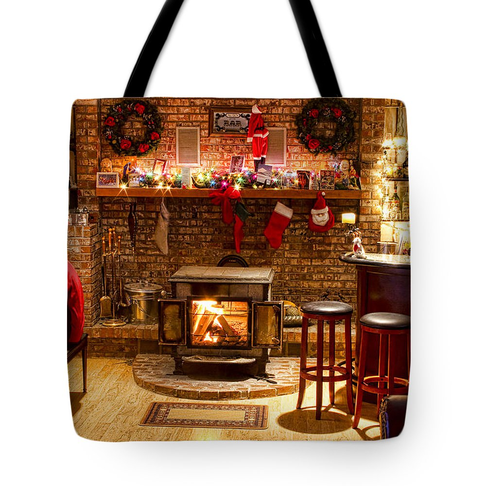 Christmas Tote Bag featuring the photograph Christmas Eve by James BO Insogna