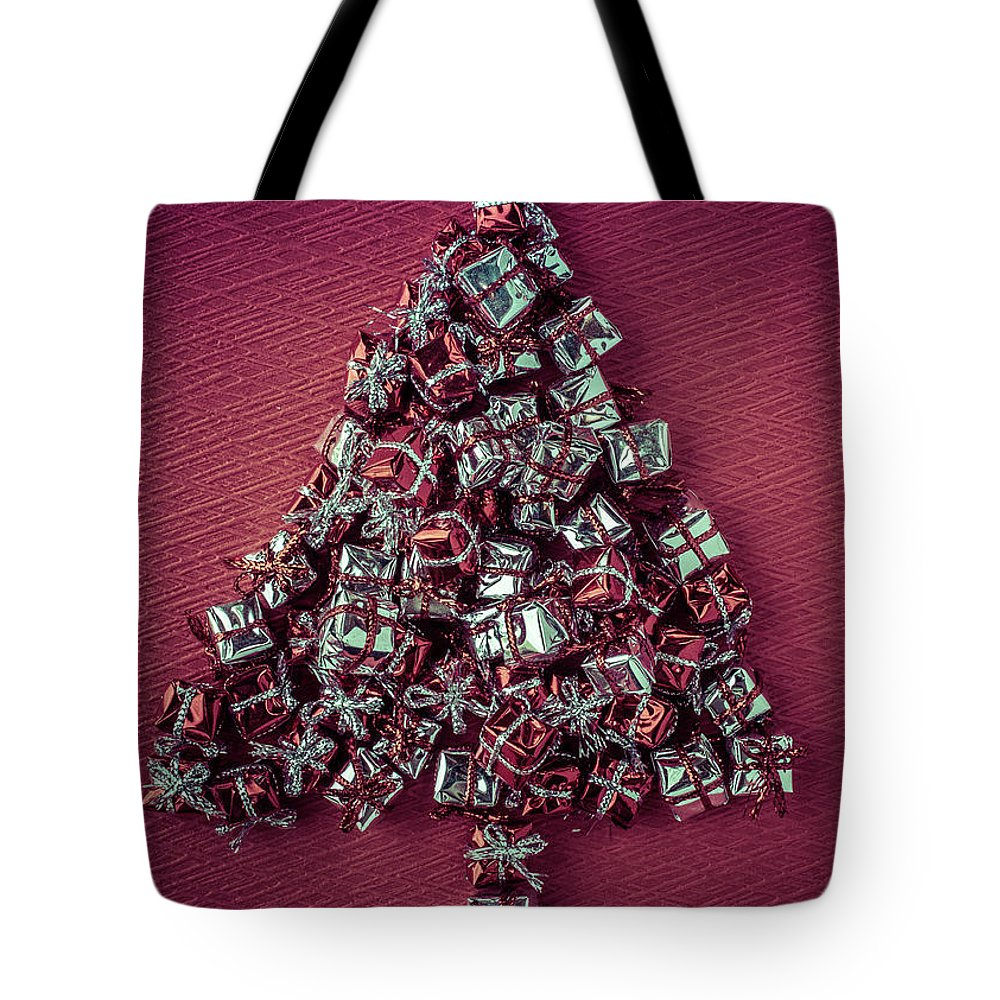 Christmas Tote Bag featuring the photograph Christmas Tree by Edward Fielding