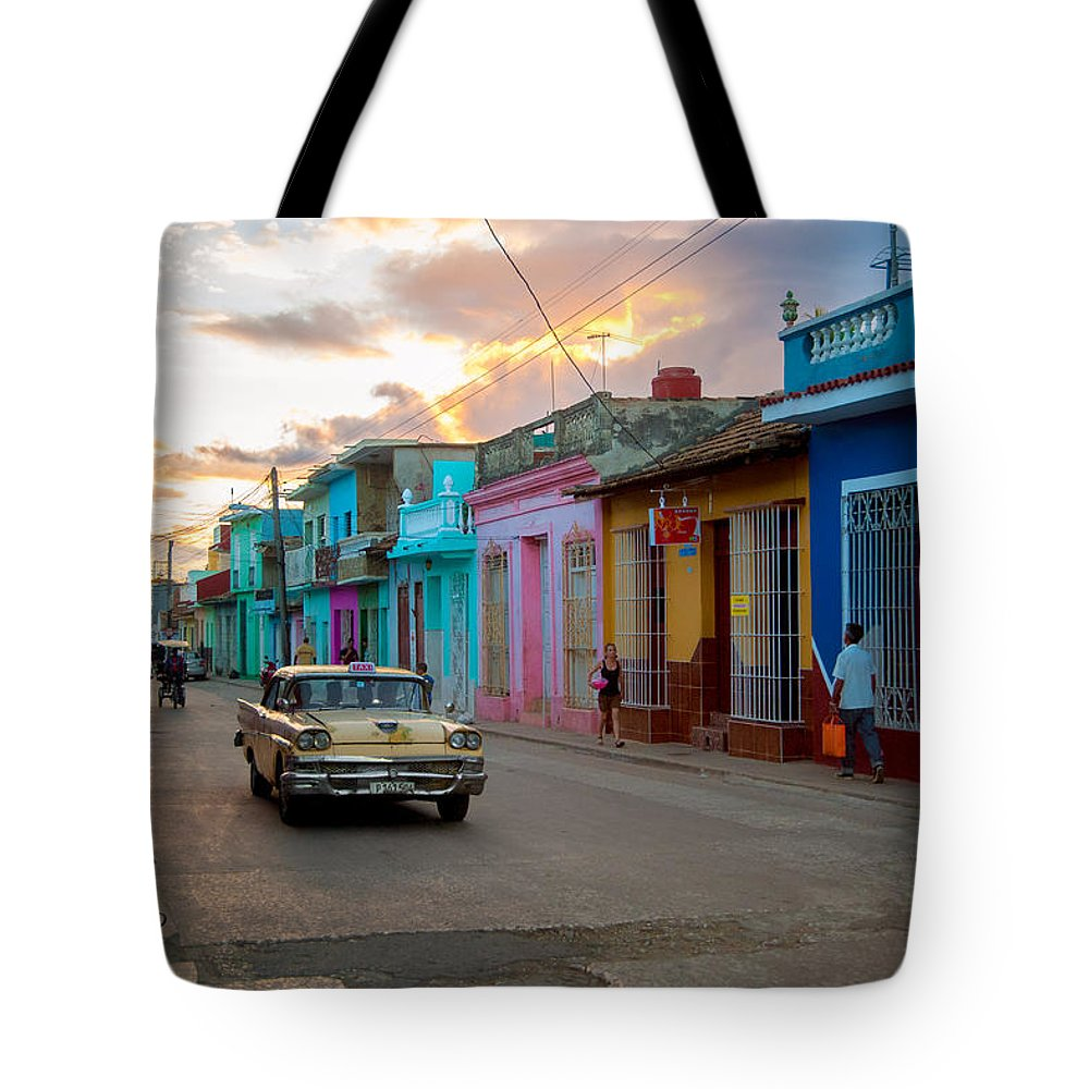 Cuba Tote Bag featuring the photograph Classic Cuba Cars X1 by Rob Loud