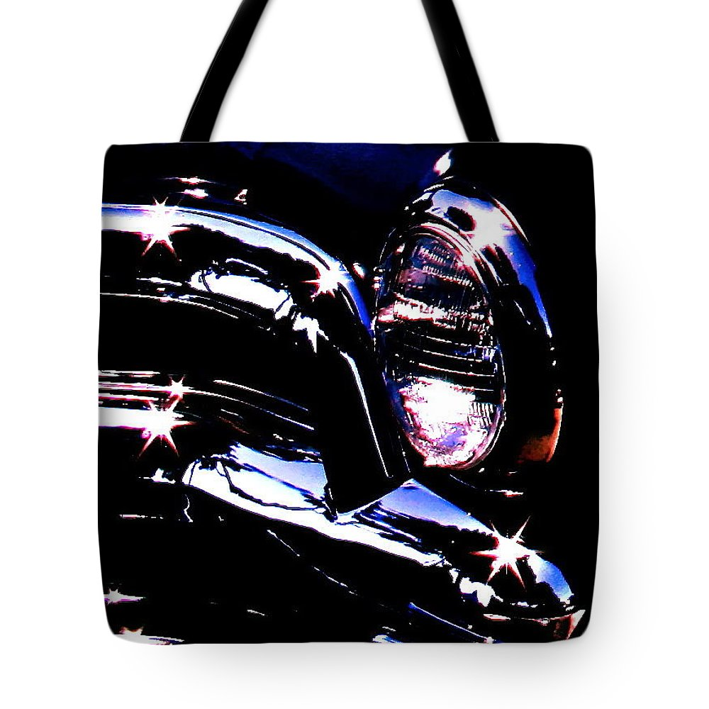 Photograph Of Classic Car Tote Bag featuring the photograph Classic Sparkle by Gwyn Newcombe