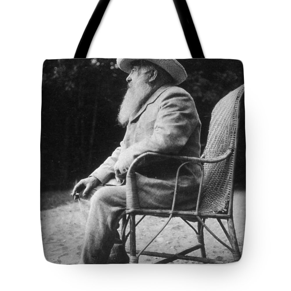 20th Century Tote Bag featuring the photograph Claude Monet (1840-1926) by Granger