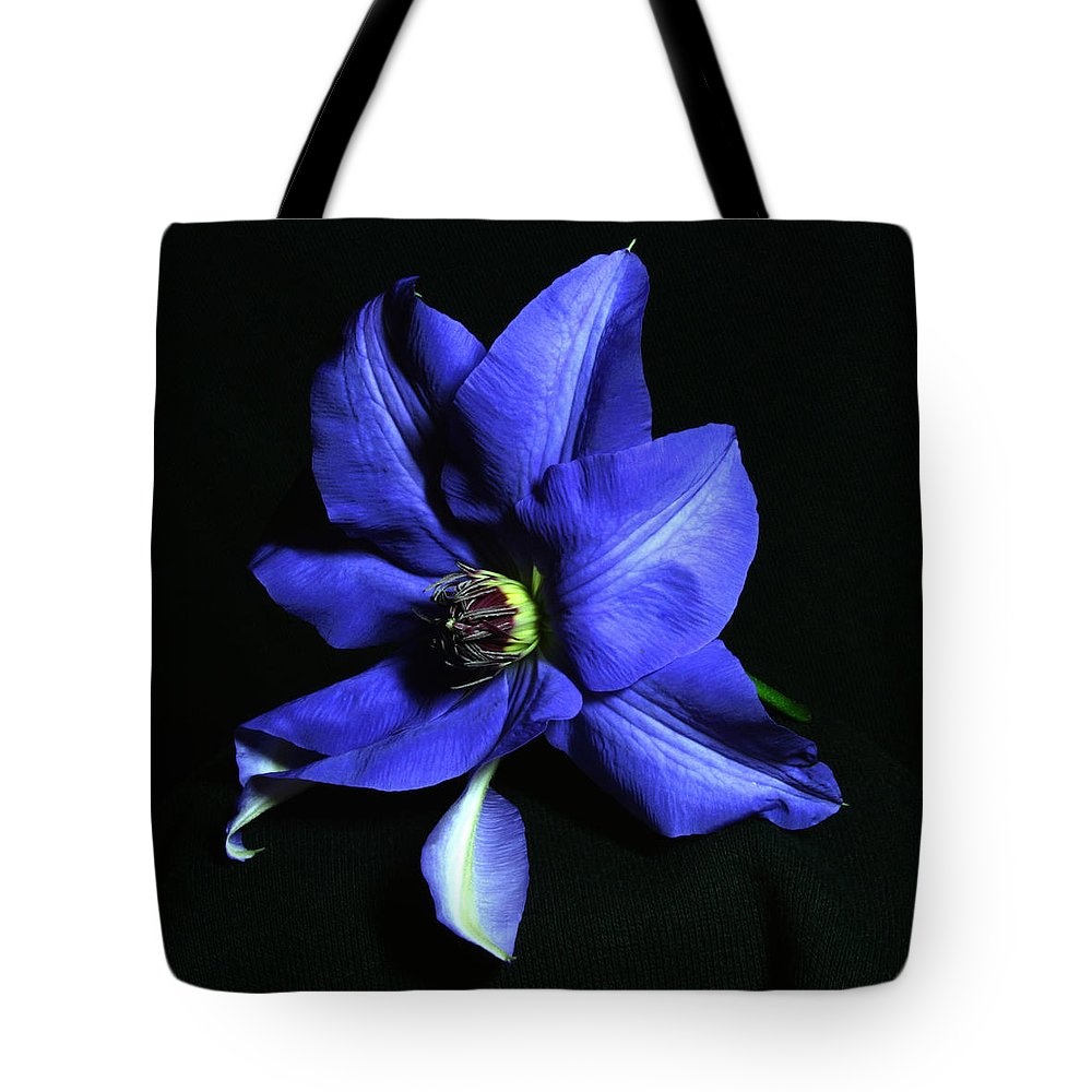 Nature Tote Bag featuring the pyrography Clematis 3 by Robert Morin