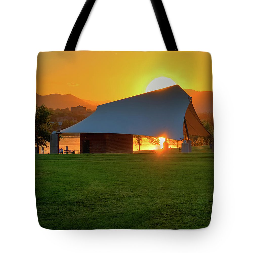 Colorado Tote Bag featuring the photograph Clement Park Sunset by Dave Thompsen