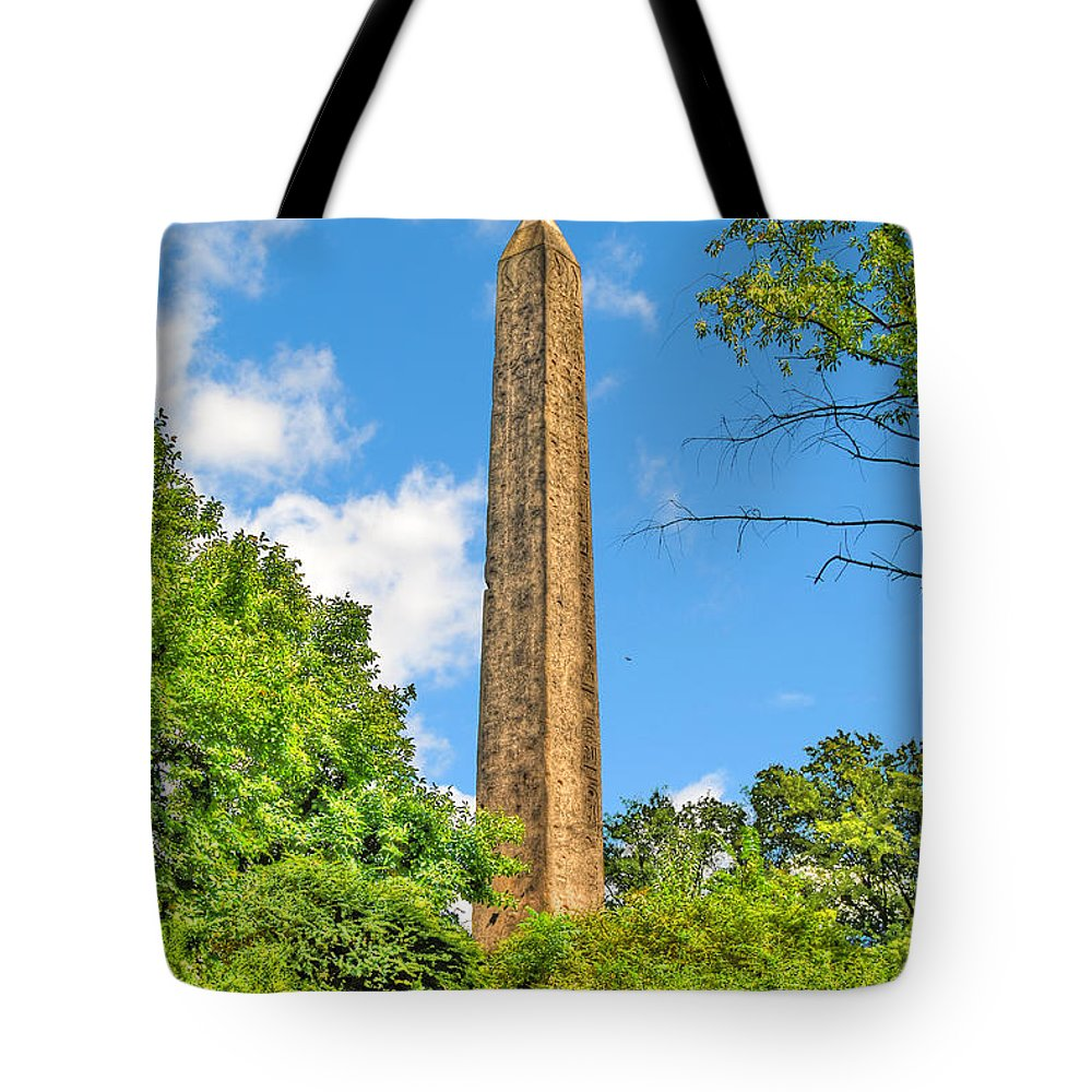 Obelisk Tote Bag featuring the photograph Cleopatra's Needle In Central Park by Randy Aveille