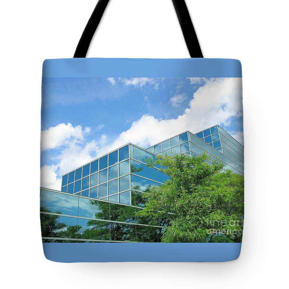 Architecture Tote Bag featuring the photograph Climbing Skyward by Ann Horn
