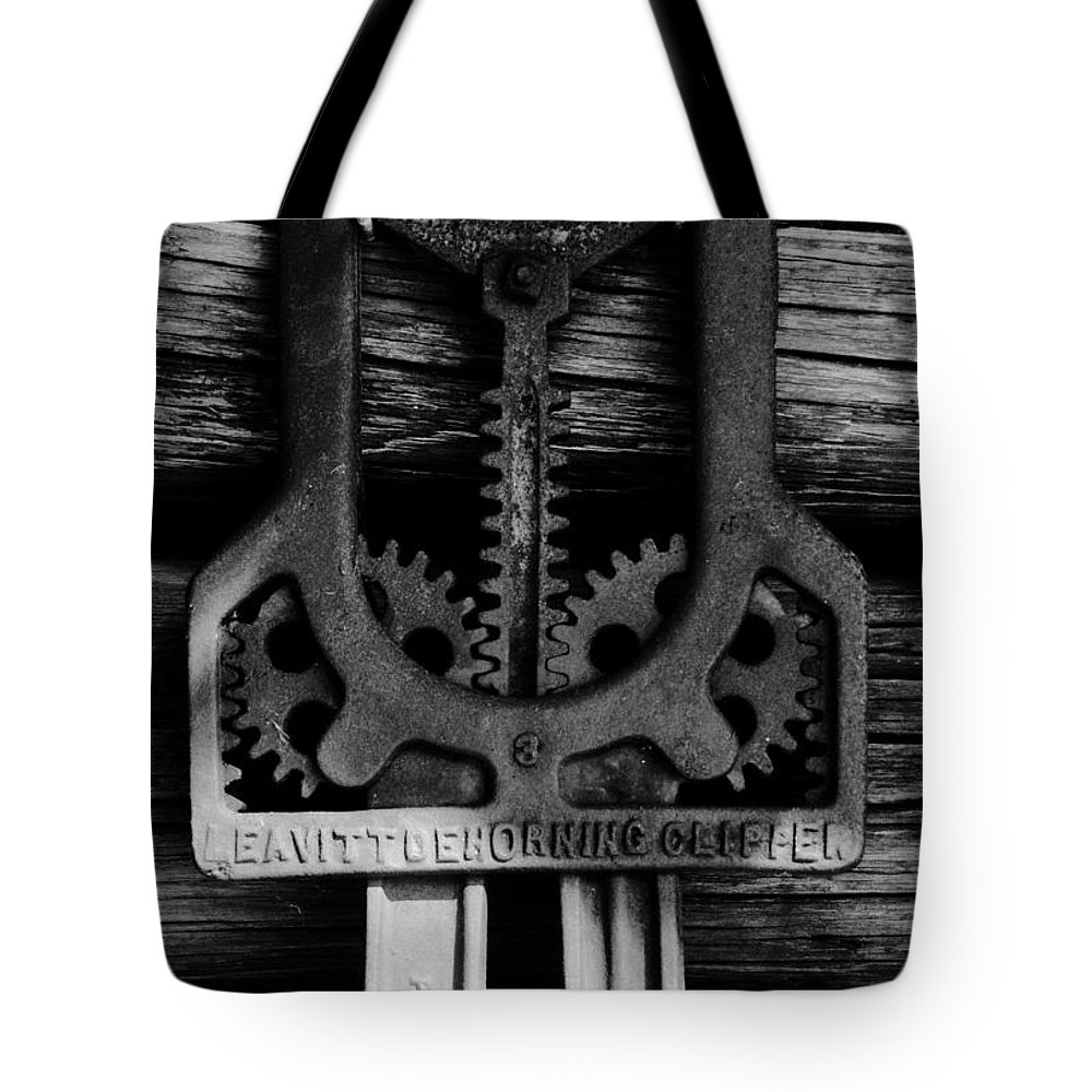 Gears Tote Bag featuring the photograph Clipper Gears by David Lee Thompson