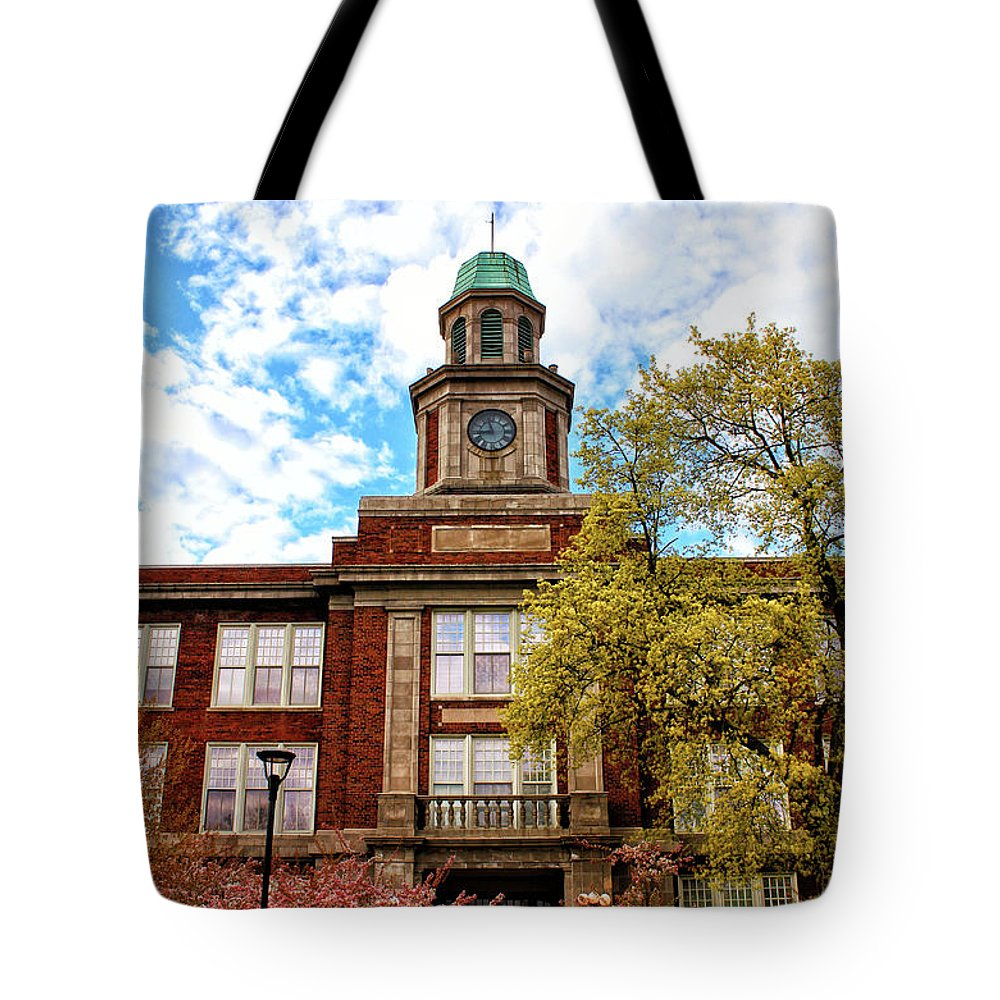 Architecture Tote Bag featuring the photograph Cloud Tower Above by Rachel Cohen