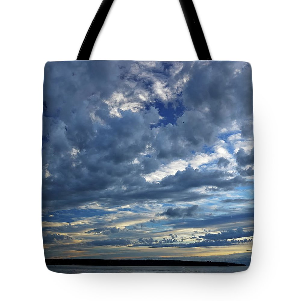 Diagonal Clouds Evening Sunset Vanishing Point Tote Bag featuring the photograph Clouds Over English Bay From Sunset Beach Vancouver by Reimar Gaertner