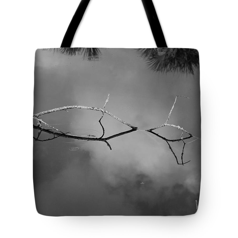 Black And White Tote Bag featuring the photograph Cloudy Bridge by Rob Hans