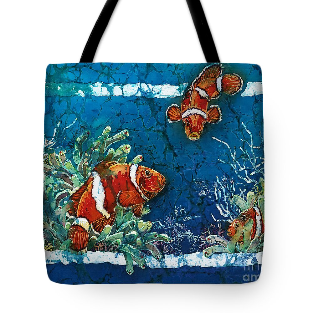 Ocean Tote Bag featuring the painting Clowning Around - Clownfish by Sue Duda