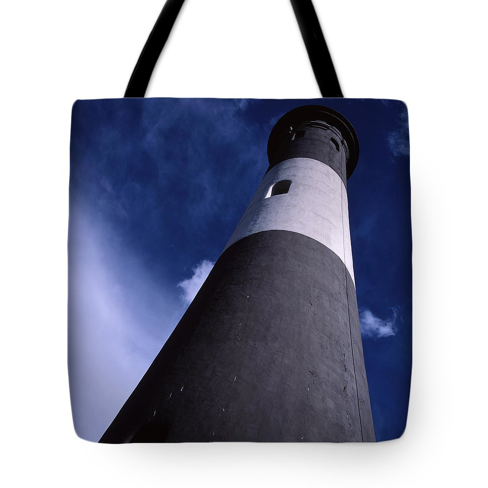 Landscape Lighthouse Fire Island Tote Bag featuring the photograph Cnrf0701 by Henry Butz