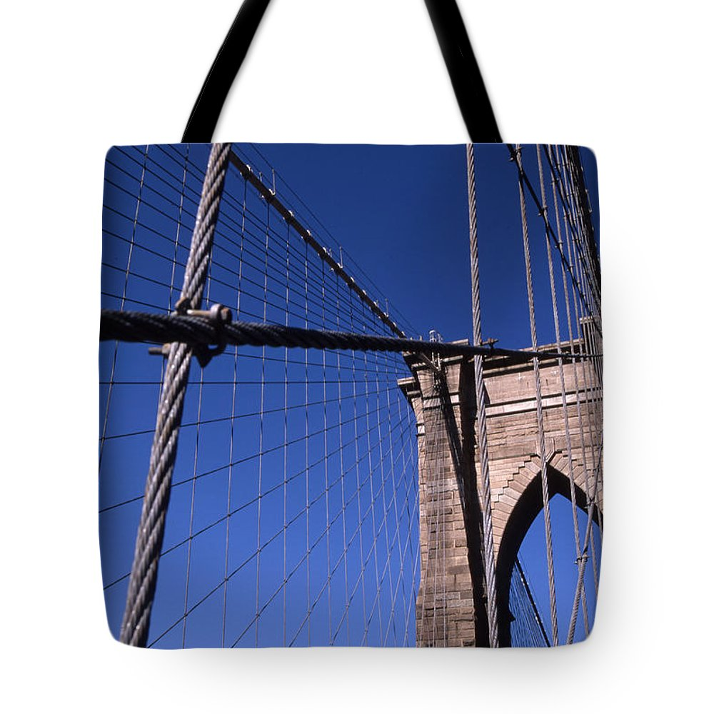 Landscape Brooklyn Bridge New York City Tote Bag featuring the photograph Cnrg0405 by Henry Butz