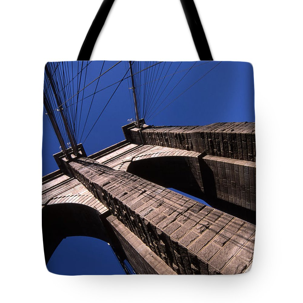 Landscape Brooklyn Bridge New York City Tote Bag featuring the photograph Cnrg0408 by Henry Butz