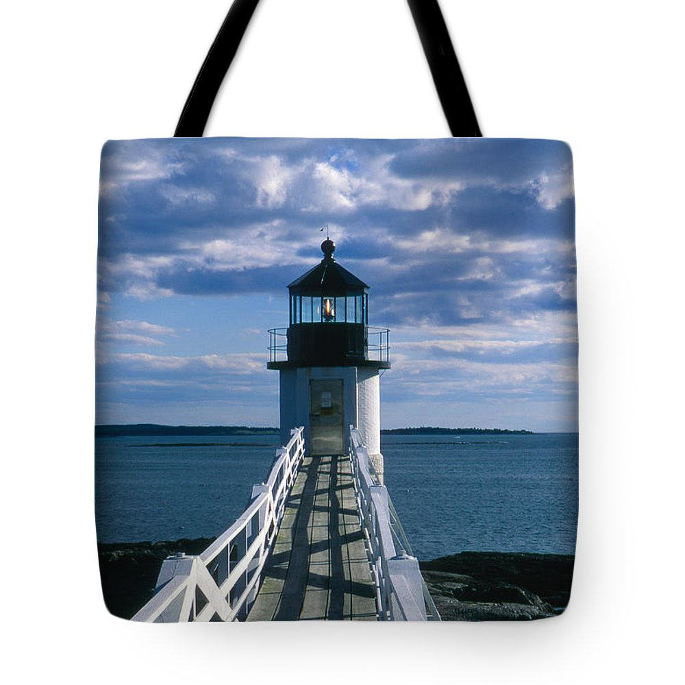Landscape Lighthouse New England Marshall Point Light Port Clyde Tote Bag featuring the photograph Cnrh0603 by Henry Butz