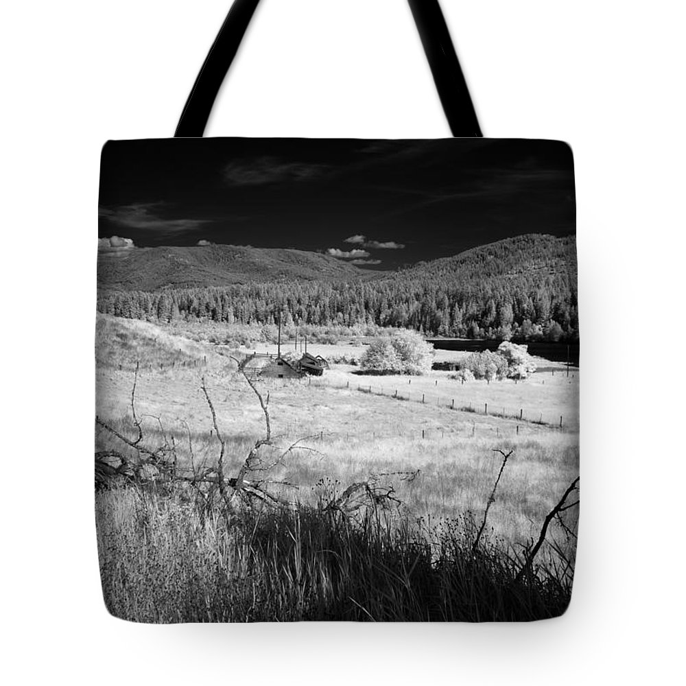 B&w Tote Bag featuring the photograph Cocolala Creek 2 by Lee Santa