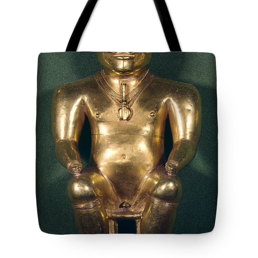 1500 Tote Bag featuring the photograph Colombia: Gold Figure by Granger