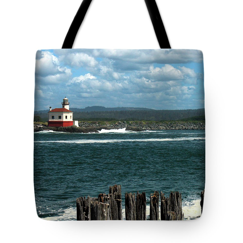 Lighthouse Tote Bag featuring the photograph Coquille River Lighthouse by James Eddy